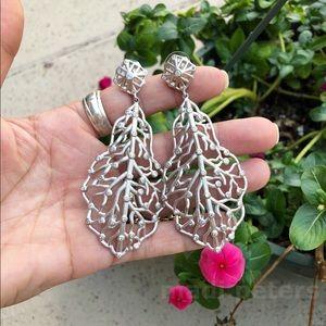 Kendra Scott Luxe Ariel Earrings in Silver